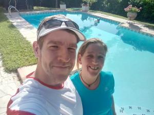 Nach einem Lauf am Pool in Südfrankreich